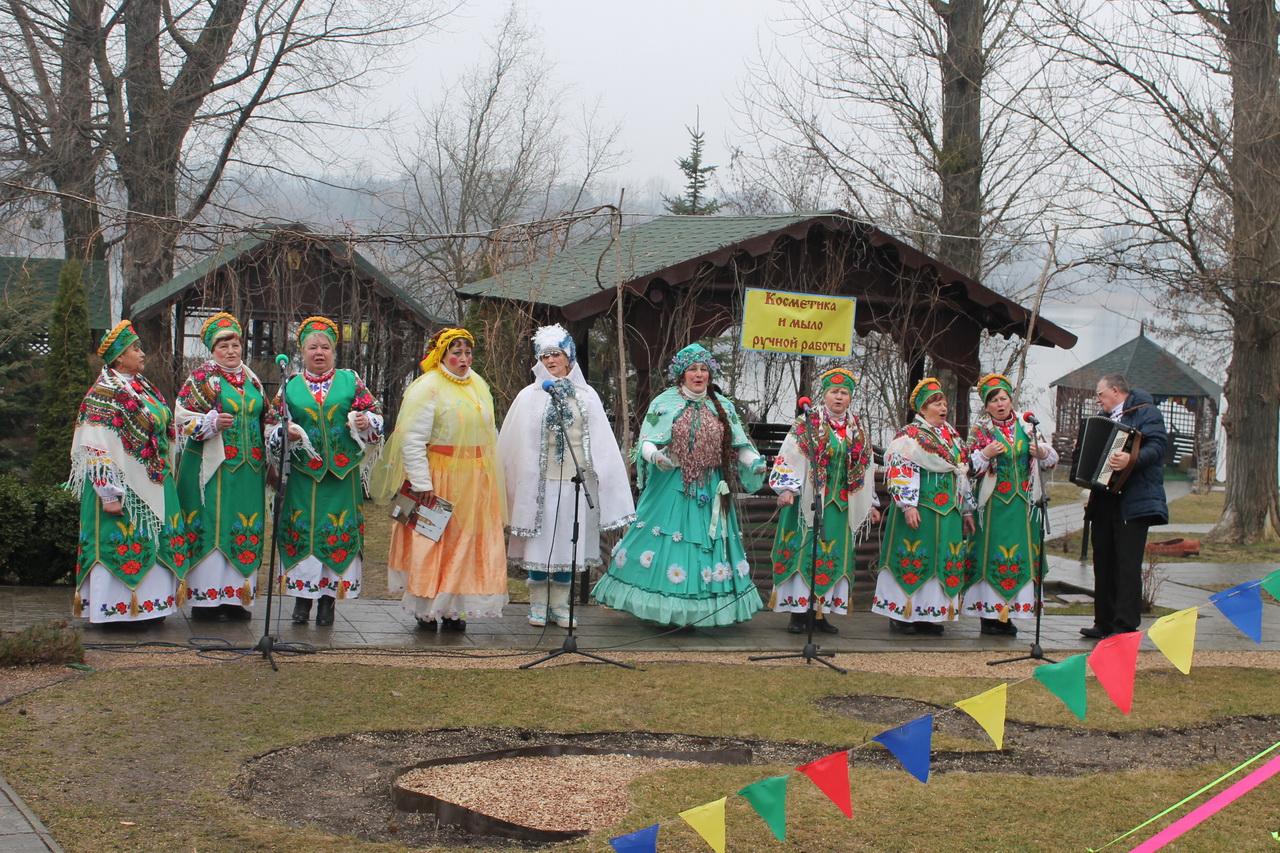 Песенный коллектив Нововодолажского района