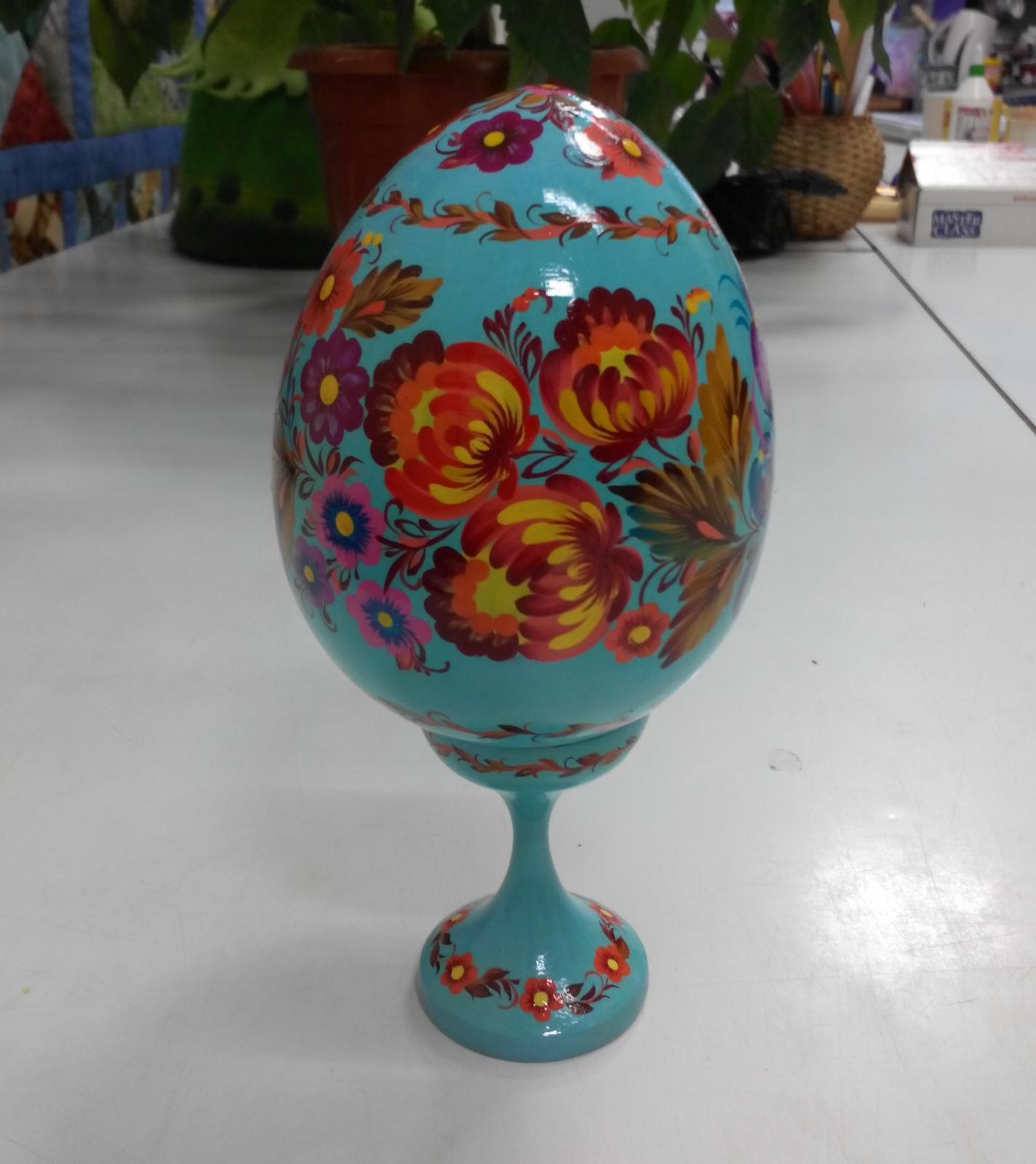 Автор: Светлана Кошель, пасхальное яйцо. Петриковская роспись.