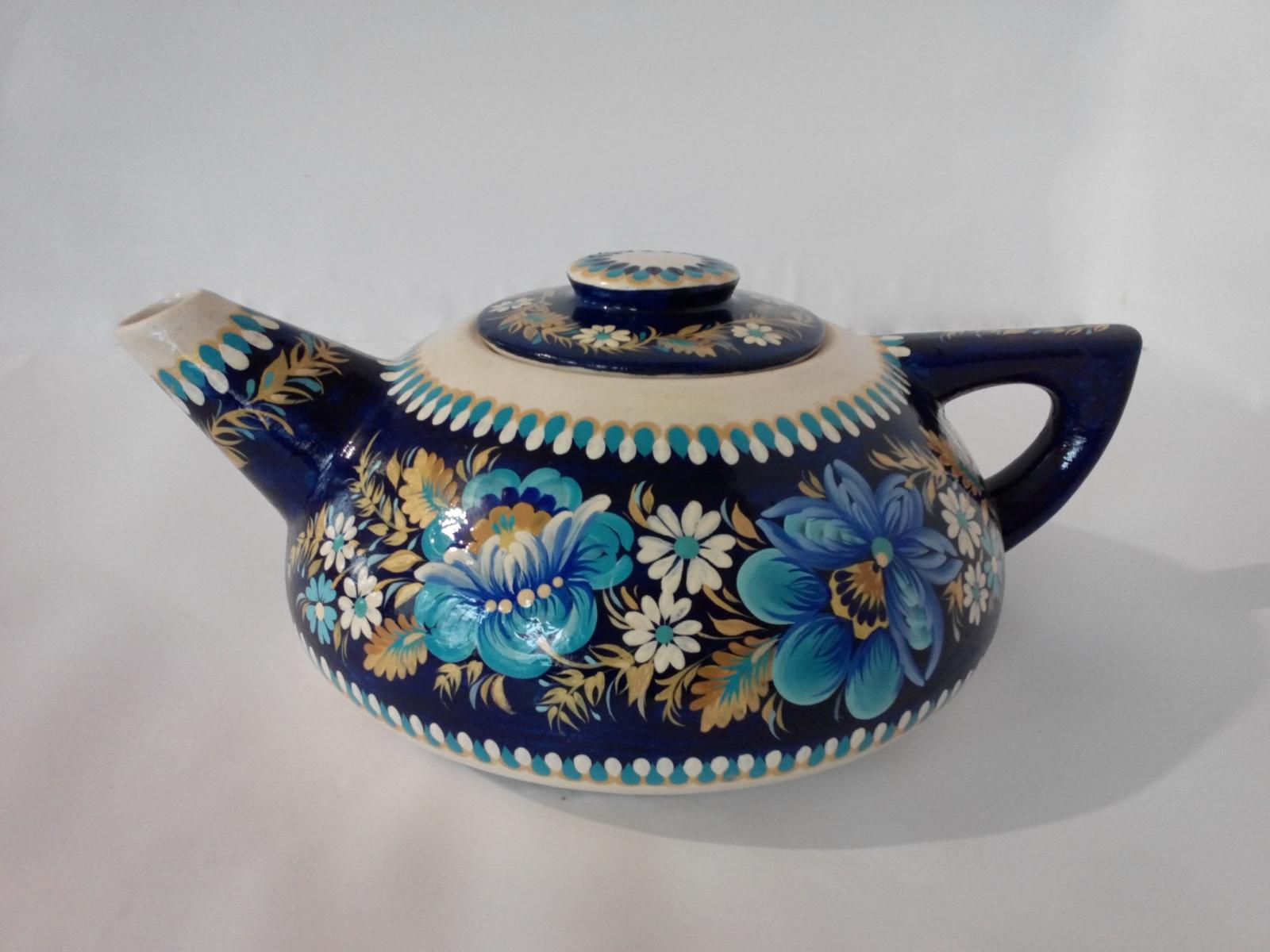 Автор: Светлана Кошель, чайник. Петриковская роспись.
